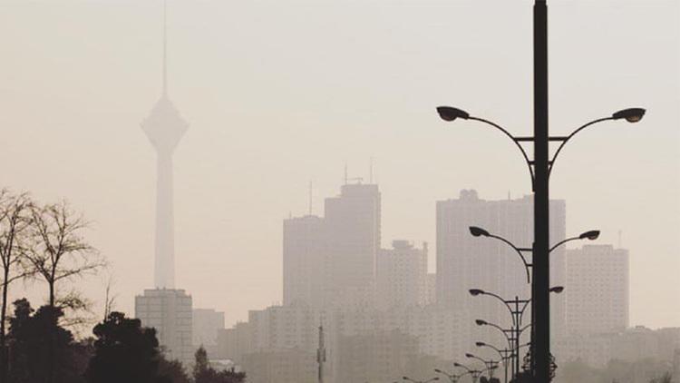 ازن هوای تهران را ناسالم کرد