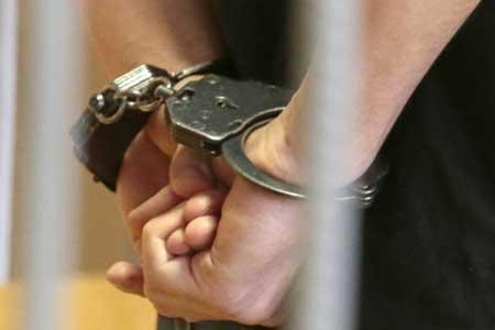 دستگیری سه سارق لوازم داخل خودرو