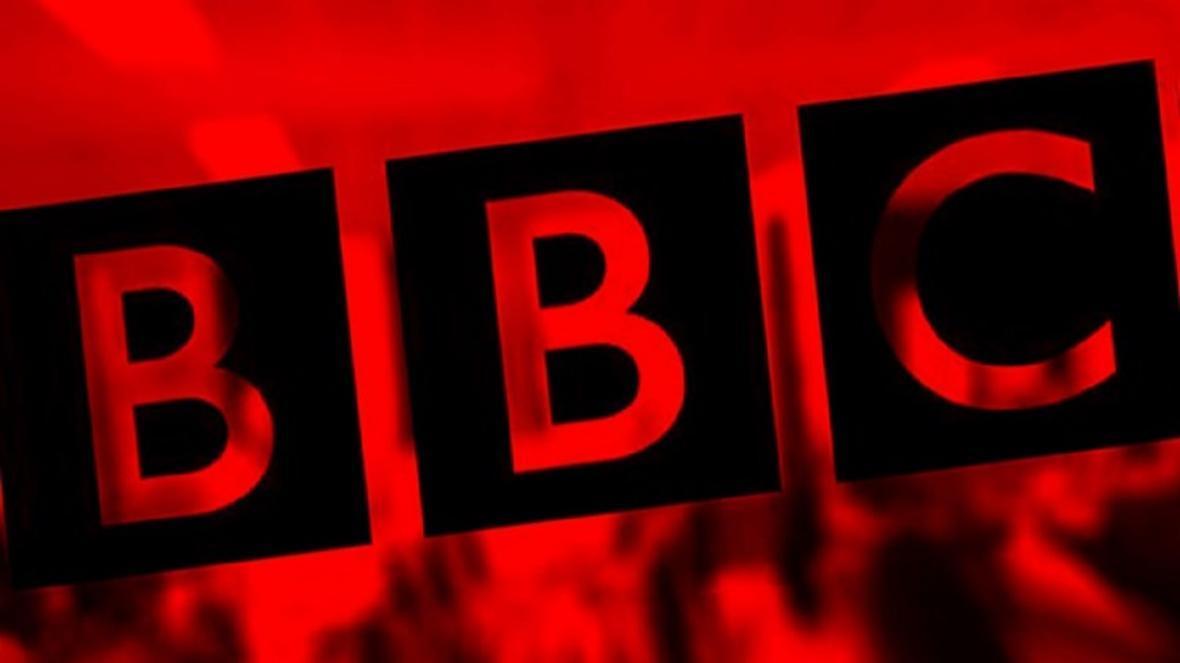 آقای BBC! یک سوزن به خودت بزن یک جوالدوز به دیگران